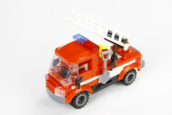 STAX Hybrid 30808 M9 Fire Truck Feuerwehr Auto mit Licht & Sound